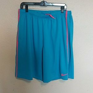 Nike mens large shorts
